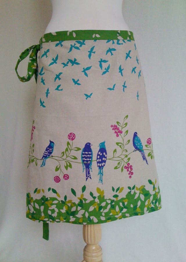 Echino Birdsong Skirt CLOSE